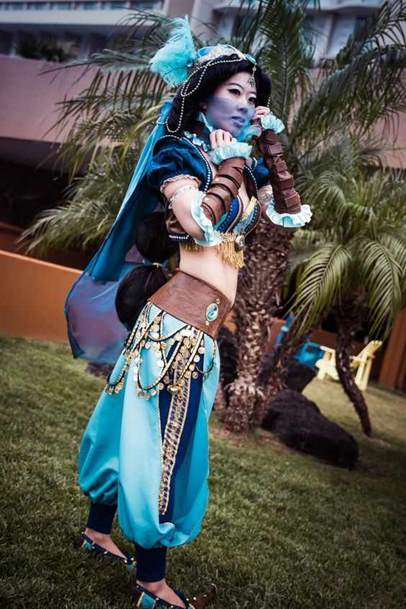 Steampunk Jasmine from Aladdin (Disney Princess Cosplay)
