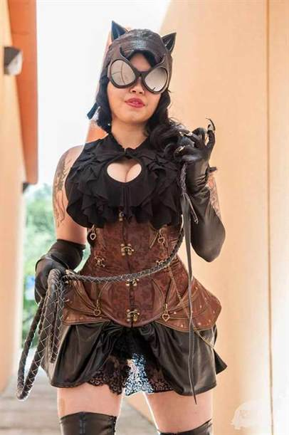 Steampunk Catwoman cosplay. Women's sexy steampunk costumes. Comic Book Steampunk cosplay