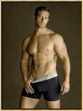 Glorias Gorgeous Gentlemen: No Pants Necessary Poll! Who
